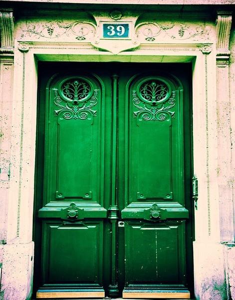 Amazing green door