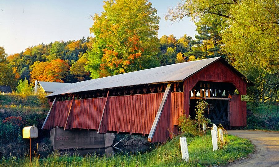 item4.rendition.slideshowHorizontal.covered-bridges-05-fitchs-coverd-bridge-new-york