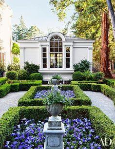 Laura Casey Interiors Garden 5