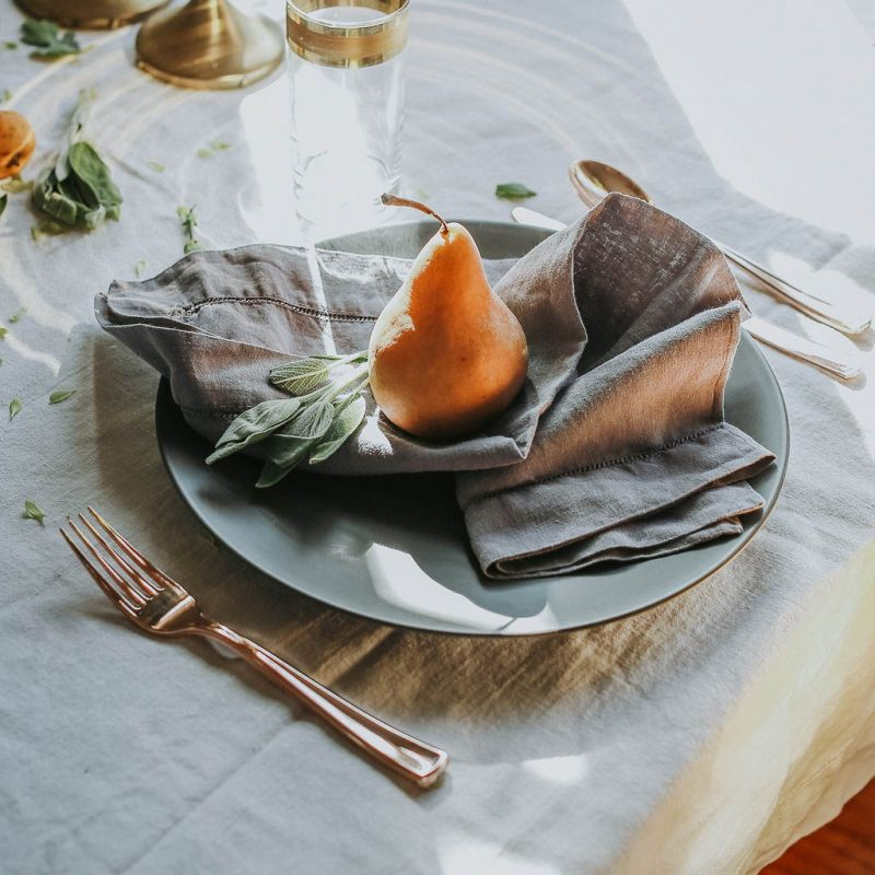 Linen table settings